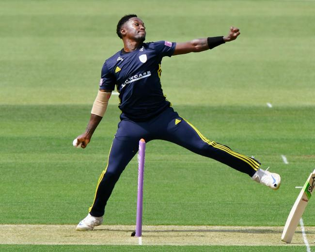 Fidel Edwards in action for Hampshire (Pic: Neil Marshall)