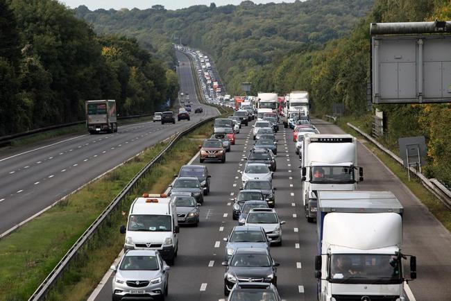 Drivers on the M3 southbound are facing delays this morning
