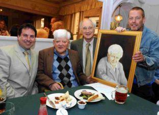 Basingstoke Gazette: Party time for Richard as he celebrates 90th