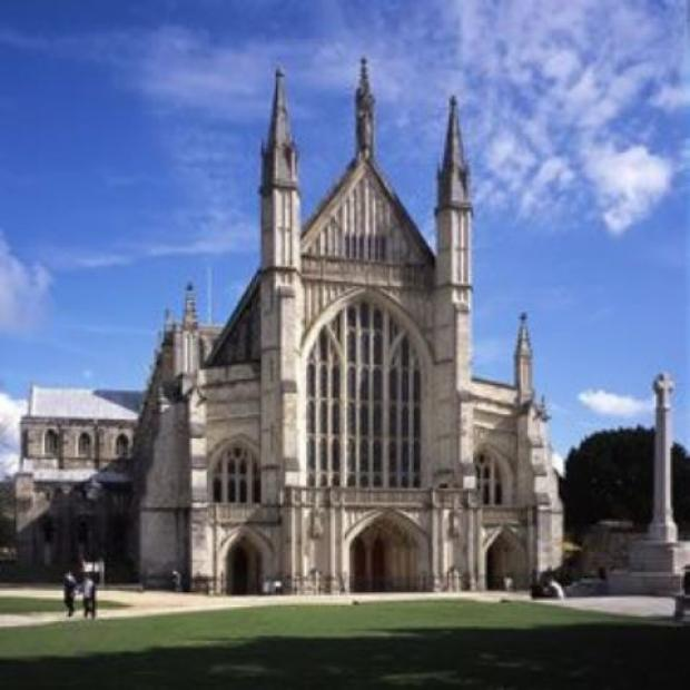 Girls invited to taster session for Winchester cathedral choir
