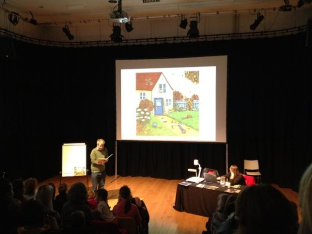 Axel Scheffler reads to the audience