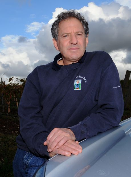 Watchdog asks for Jody Scheckter's beer to be removed from shelves because of child's design