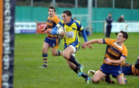 Ashley Paterson in action for Basingstoke.