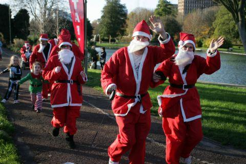 Santa Jog returns to Basingstoke