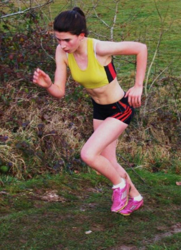 Lucy Wildash leads all the way to claim Hampshire Cross Country League title