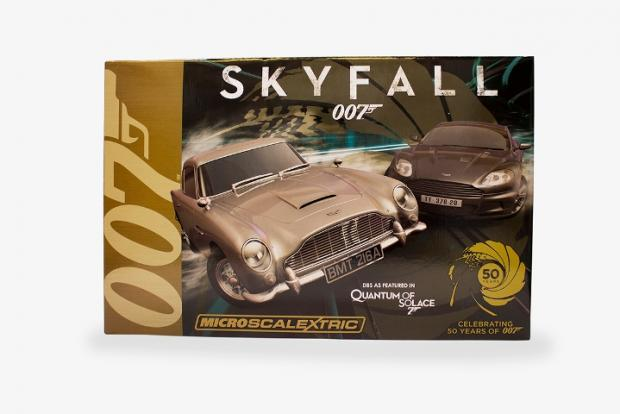 Bond Scalextric