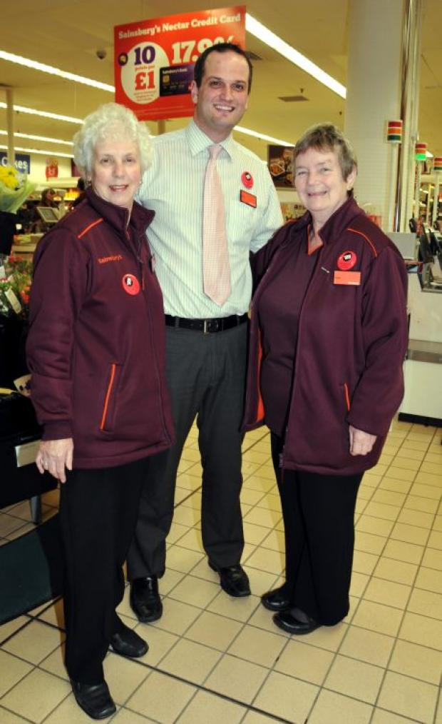 Basingstoke Gazette: Lorna Stacey, with Paul Beesley, and Joan Pearson