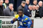 Manny Williams has agreed to re-sign for Basingstoke Town.