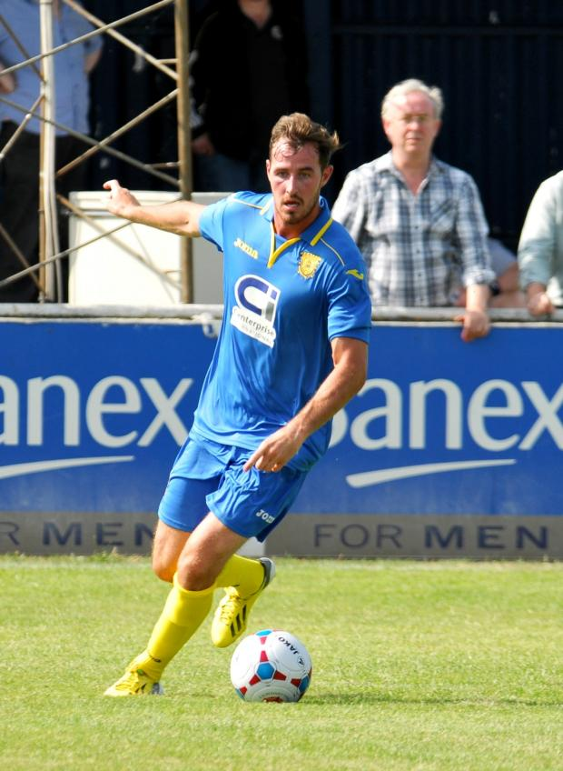 Basingstoke Gazette: Shaun McAuley looks set to miss the Maidenhead game with a rib problem.