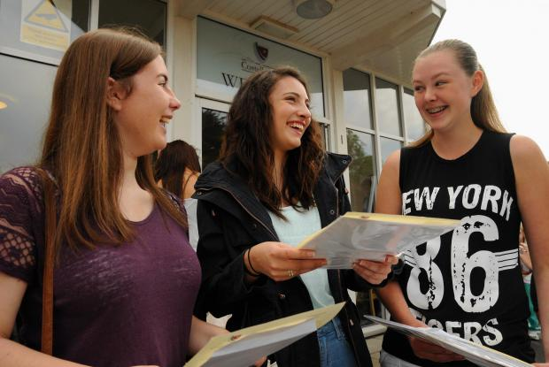 Basingstoke Gazette: Students collecting their GCSEs at Costello