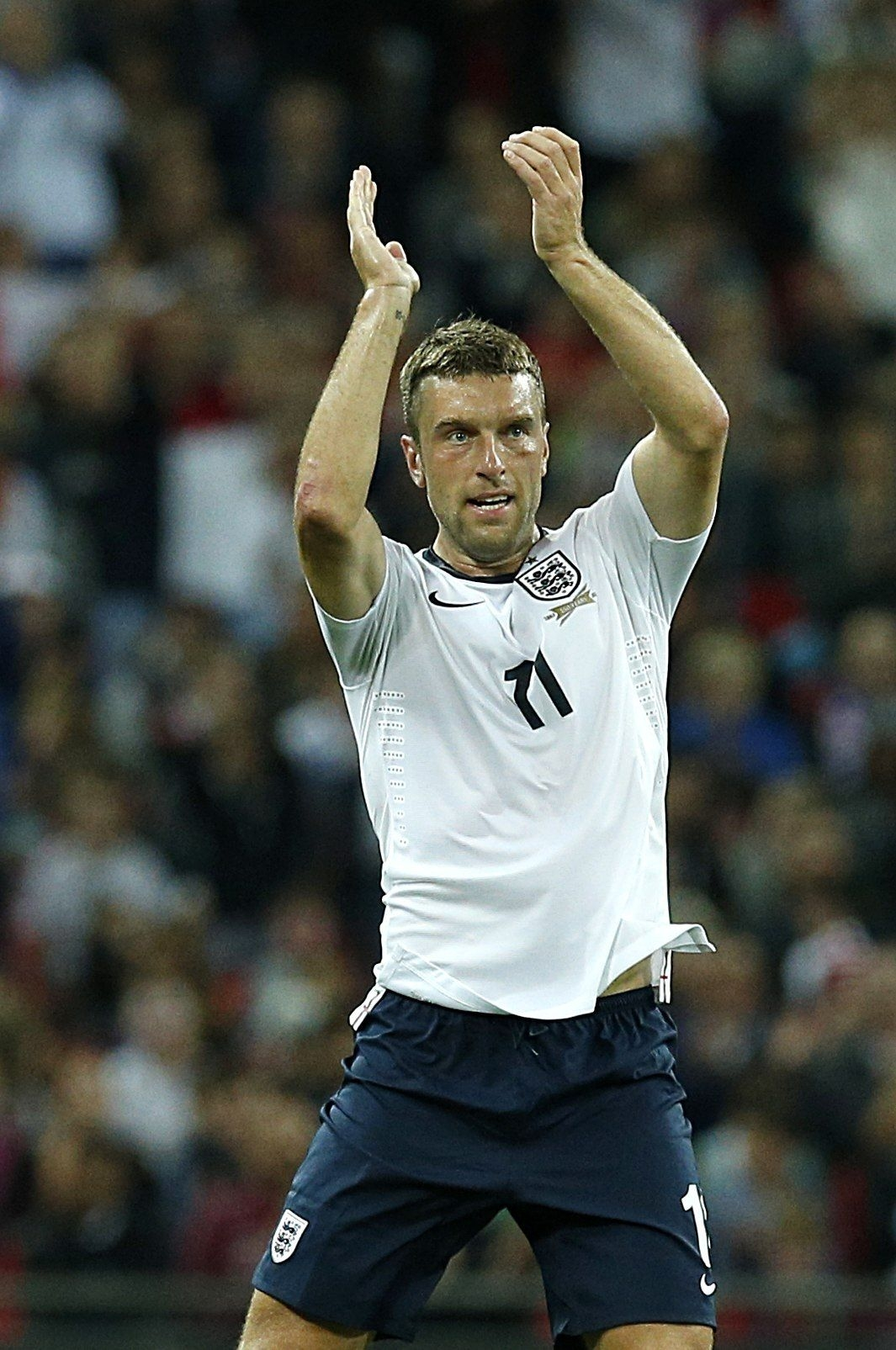 Hodgson congratulates Liverpool on Lambert signing
