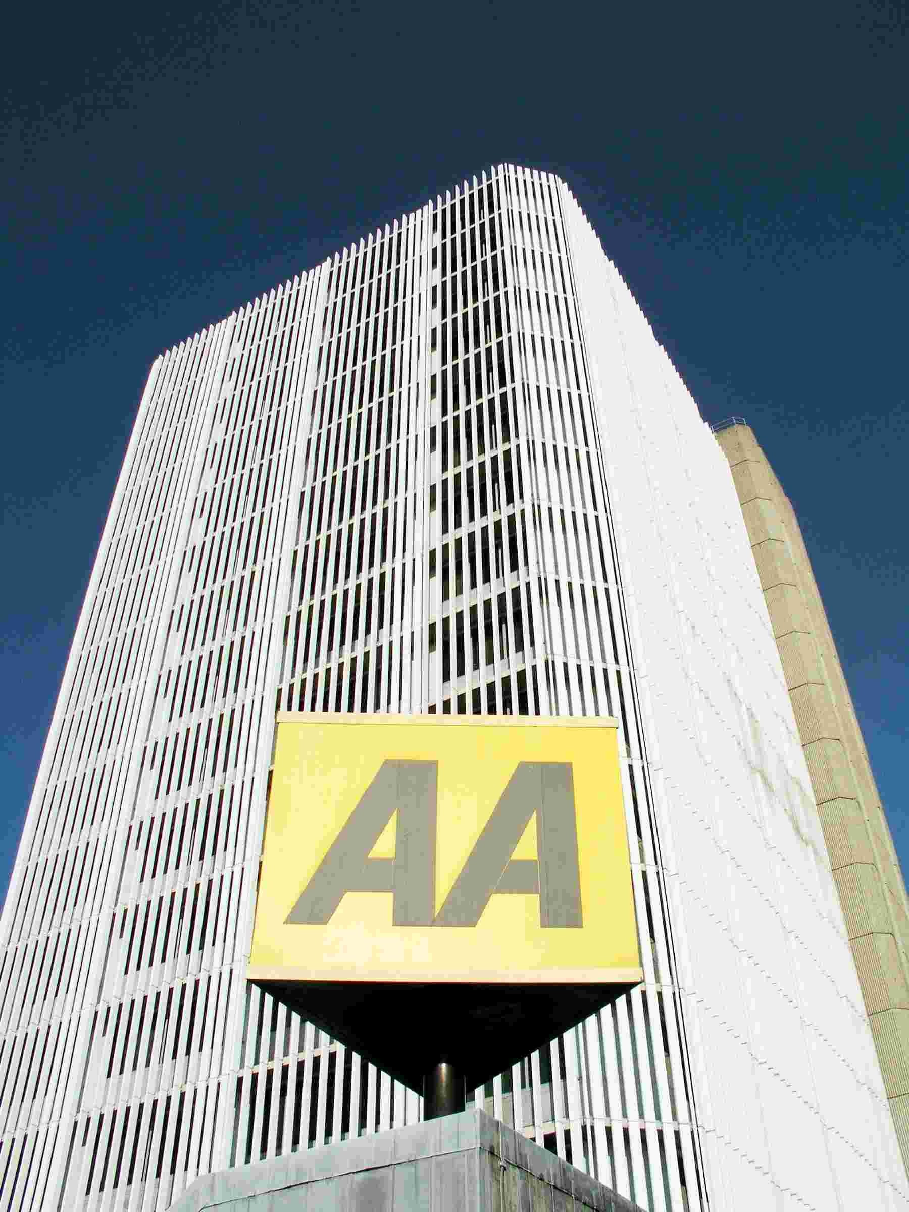 AA CEO resigns with  immed
