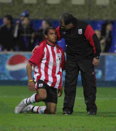Theo Walcott reacts after losing the 2005 Youth Cup final.