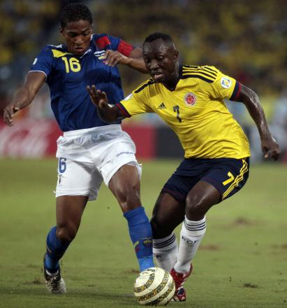 Pablo Armero (right) in action for Colombia