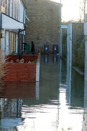 Flood briefing held on collective efforts in Hampshire