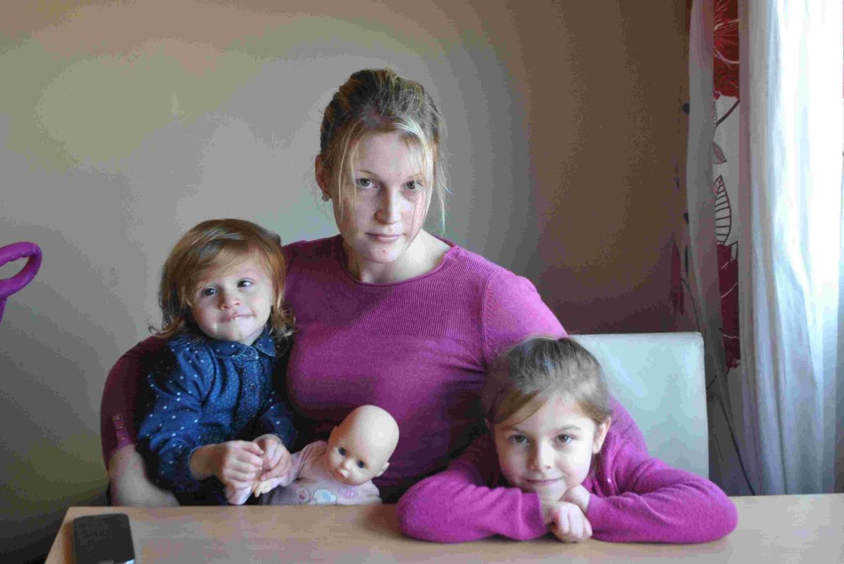 Mum's fear of health of children over mould