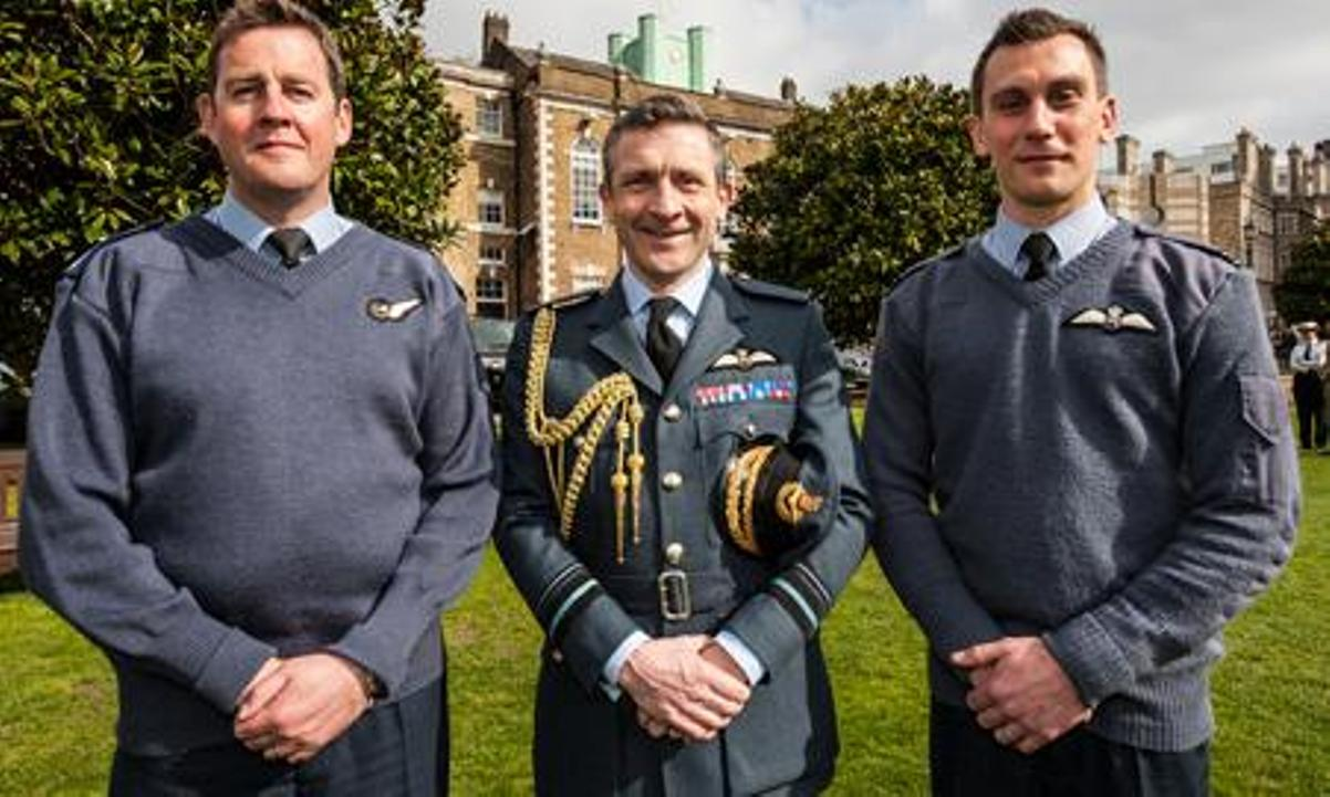 RAF Odiham personnel who helped land Chinook under fire are recognised for bravery in honours list