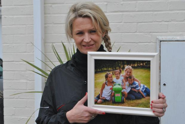 Mother to run London Marathon in memory of teenage daughter