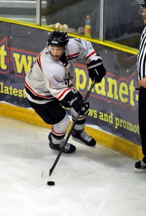 Kurt Reynolds has committed his future to Basingstoke Bison