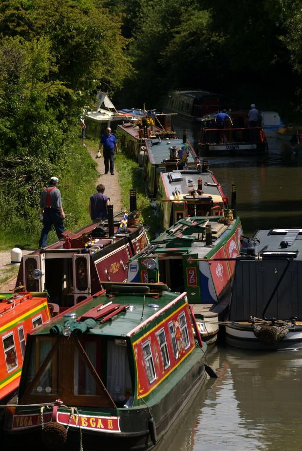 Basingstoke Gazette: The Basingstoke Canal