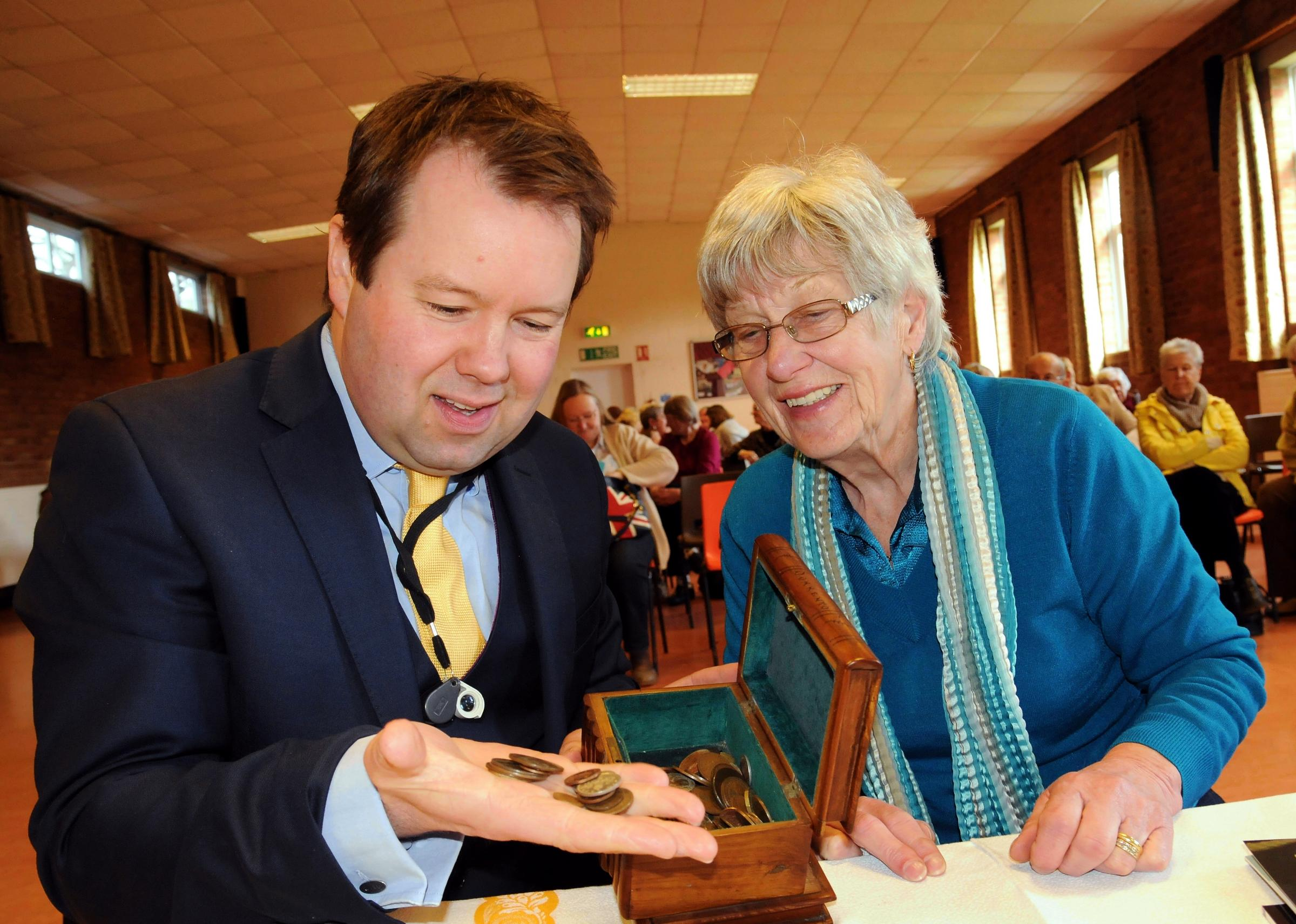 Bargain Hunt expert unearths gems in Tadley