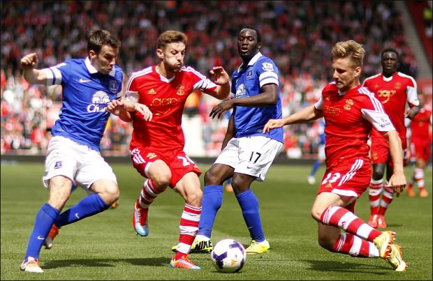 Basingstoke Gazette: Adam Lallana and Luke Shaw want to leave Saints this summer