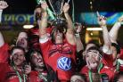 Jonny Wilkinson lifts the Heineken Cup