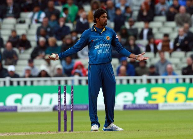 Sachithra Senanayake appeals for the wicket of England's Jos Buttler