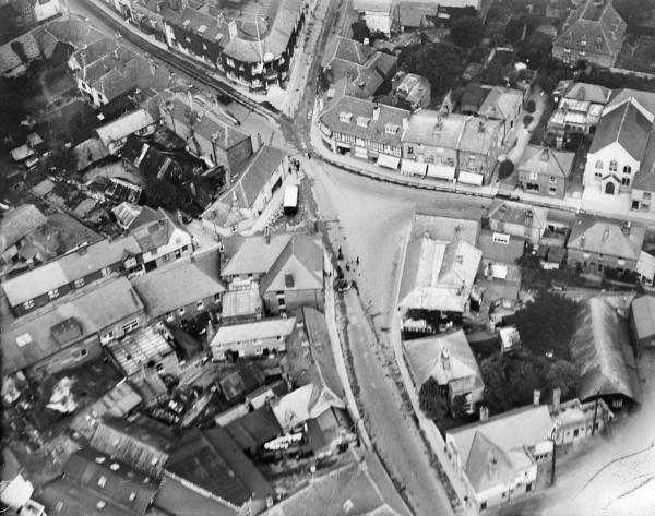 Basingstoke and Deane from above - aerial photo shows town in 1928