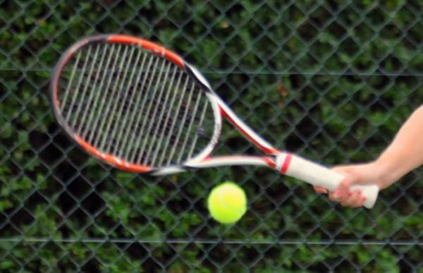 Andover A move a step closer to retaining tennis league title
