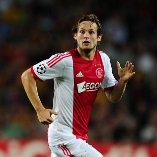 Ajax want to keep Manchester United-linked Daley Blind for another year