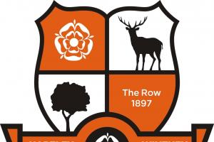Hartley Wintney lose final home game