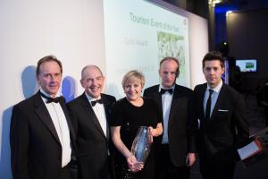 Hampshire Food Festival wins gold at Beautiful South Awards