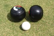 Kingsclere and Howard Park take early lead in bowls league