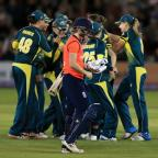 Basingstoke Gazette: Australia regained the Ashes with victory at Hove