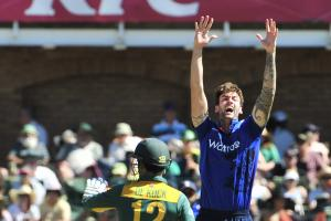 Topley targets series whitewash