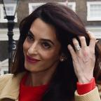 Basingstoke Gazette: Amal Clooney stunned in a gorgeous red dress as she gave a speech in London