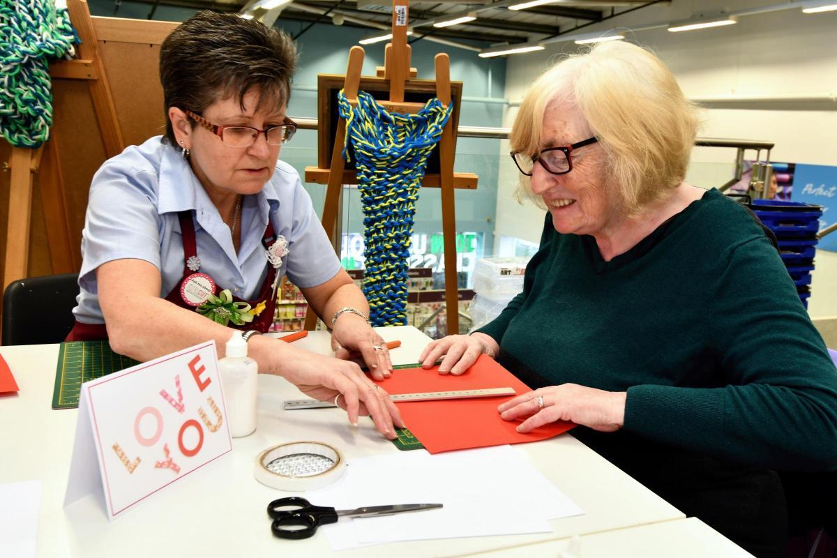 Hobbycraft Shoppers Get Creative For Valentine S Day Basingstoke