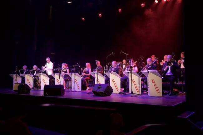 Apollo Big Band