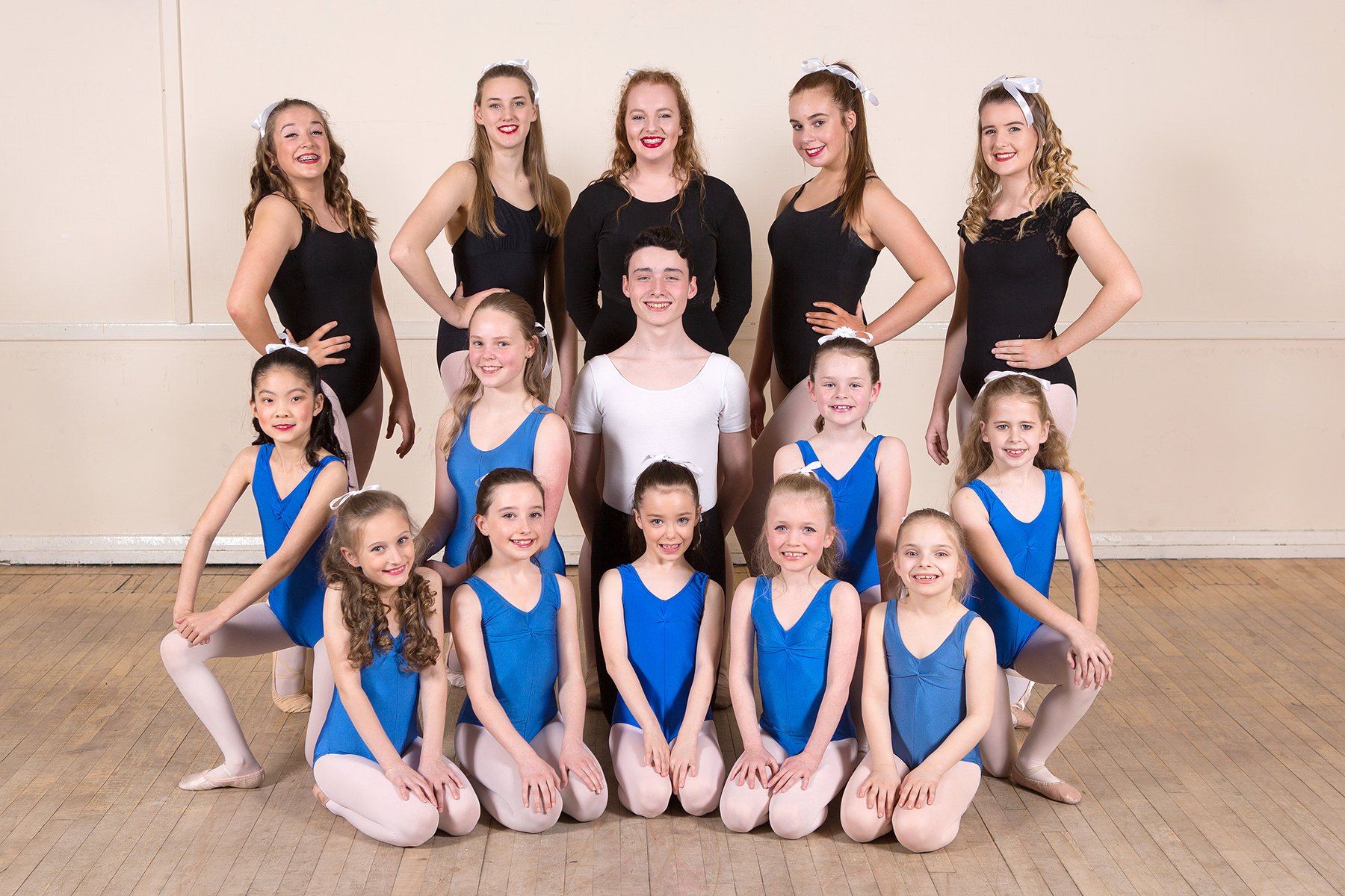 Group from JG Dance, image by Michael Pitts