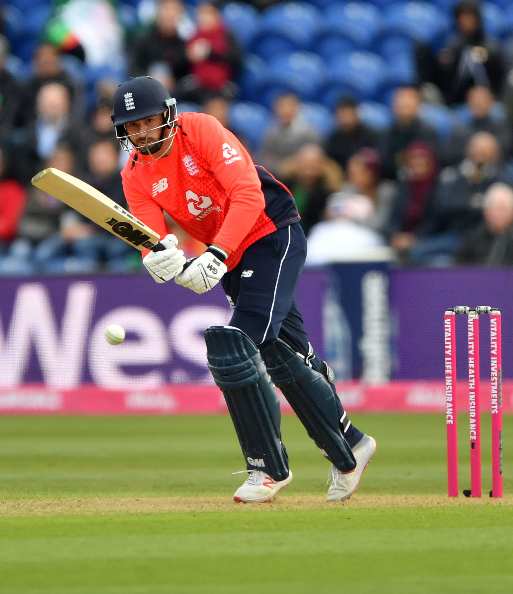 Hampshire wait on James Vince's availability for semi-final